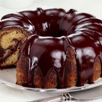 Κέικ νηστίσιμο με σοκολατένιο γλάσο