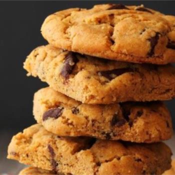 Μπισκότα βουτύρου με σοκολάτα