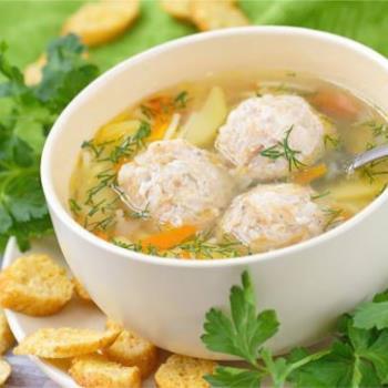 Σούπα με κεφτεδάκια και λαχανικά